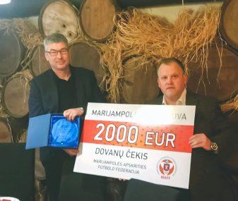 """MAFF susirinkime – dovanos nariams ir 2000 eurų vertės prizas """"Sūduvos"""" klubui"""